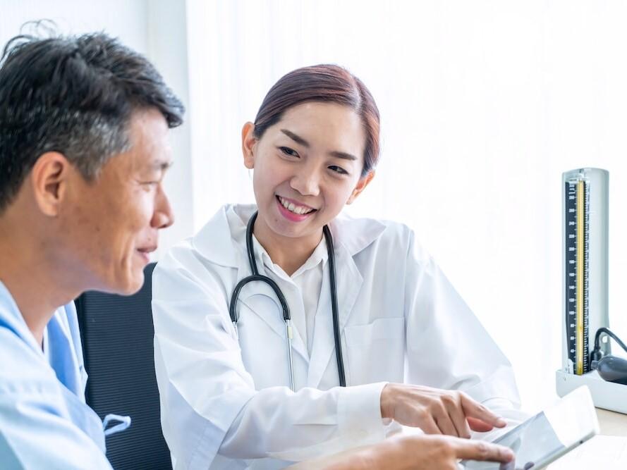 陪你度癌關——與癌共存 也可活好每一天 Helen YC LAW MediPaper MediPr Cancer Informer Hong Kong 腫瘤學新知