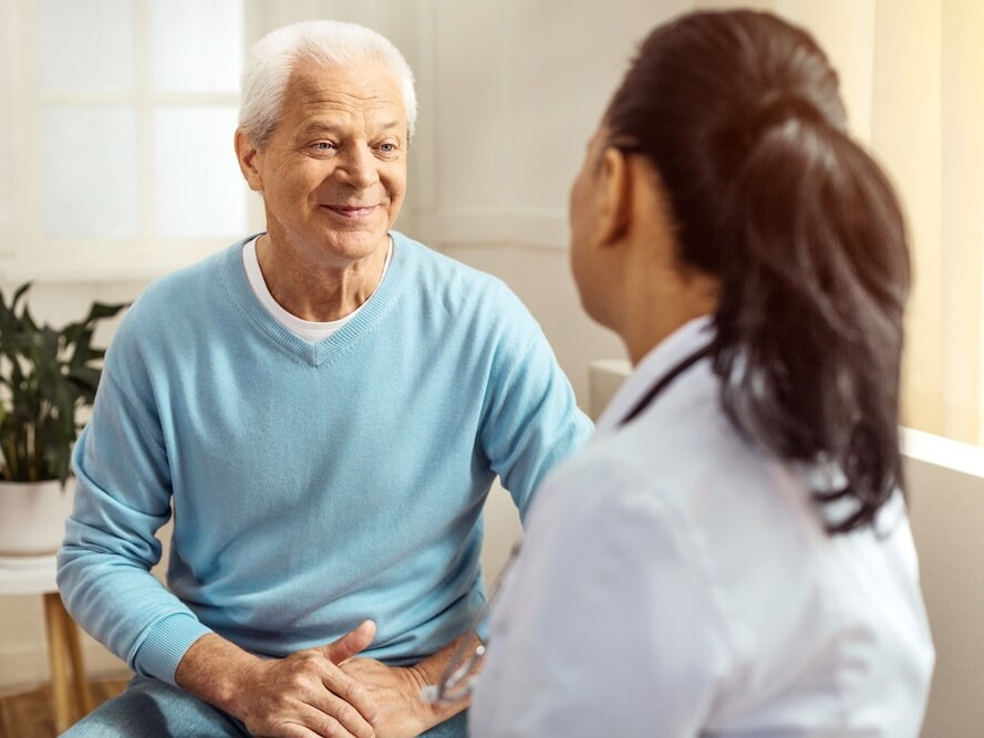 Dr Angus Leung 梁廣泉醫生 新型止嘔藥物 助乳癌患者過渡化療 腫瘤學新知 Cancer Informer